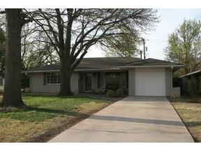 Property for sale at 1700 Westminster Pl, Nichols Hills,  Oklahoma 73120