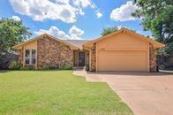Property for sale at 1309 Smoking Tree St, Moore,  Oklahoma 73160