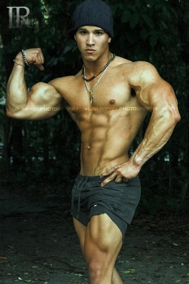 Luis Ramon Betances Model LONG ISLAND CITY New York US