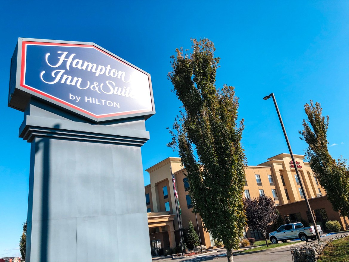 Spokane Valley Hotels - The Spokane Valley Hampton Inn and Suites, one of the closest hotels to the Centennial Trail and the Spokane River in Spokane Valley.