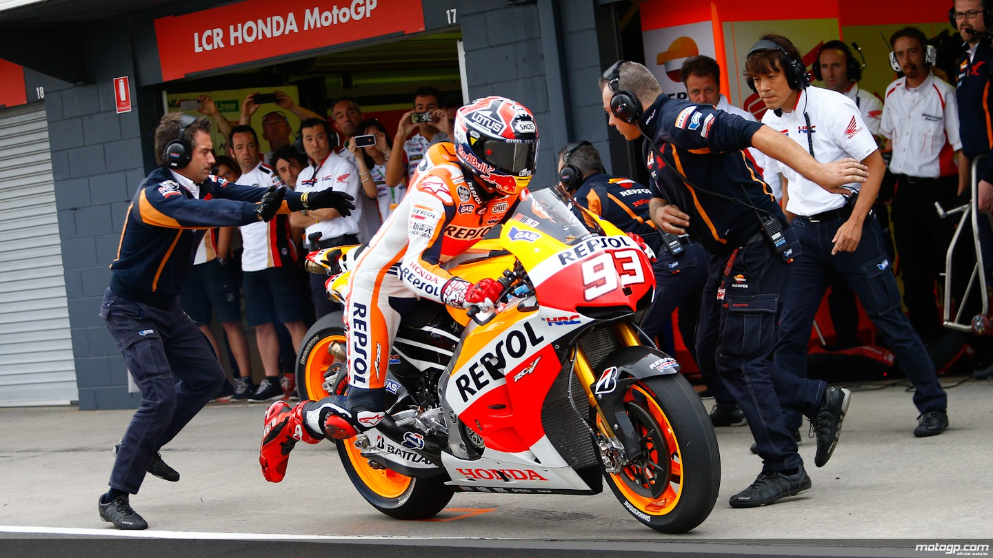 https://i1.wp.com/photos.motogp.com/2013/10/20/01_93marquez,pit,rac_s1d5367_original.jpg