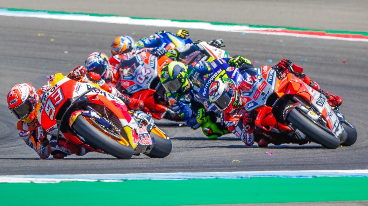 Hasil gambar untuk All or nothing: who can beat the King of the Sachsenring?