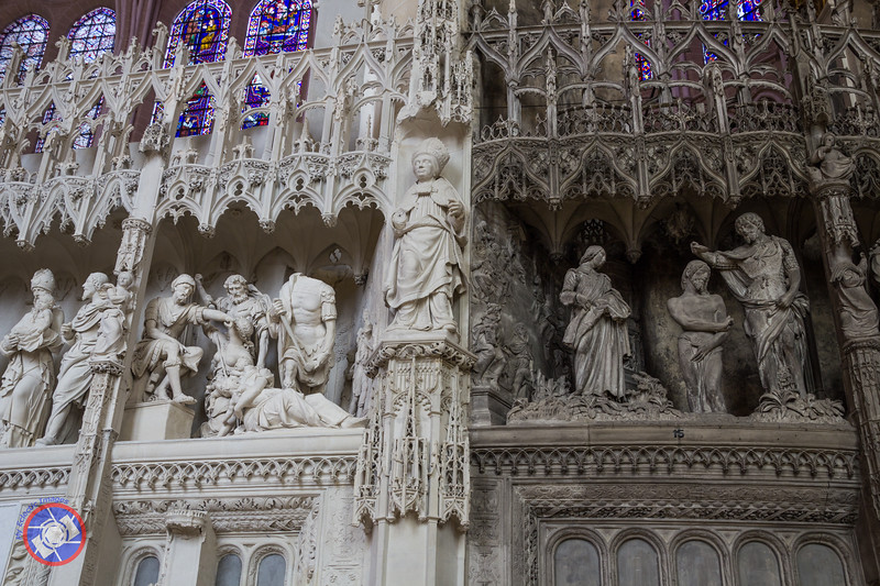 Part of the Choir Screen Showing a Comparison of Cleaned and Uncleaned StoneWork (©simon@myeclecticimages.com)