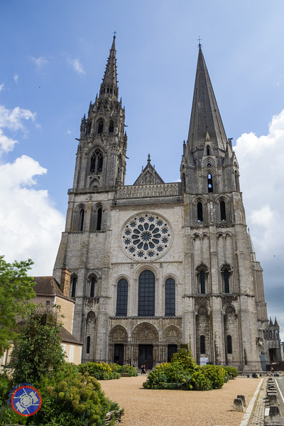 The West Facade of Chartres Cathedral (©simon@myeclecticimages.com)