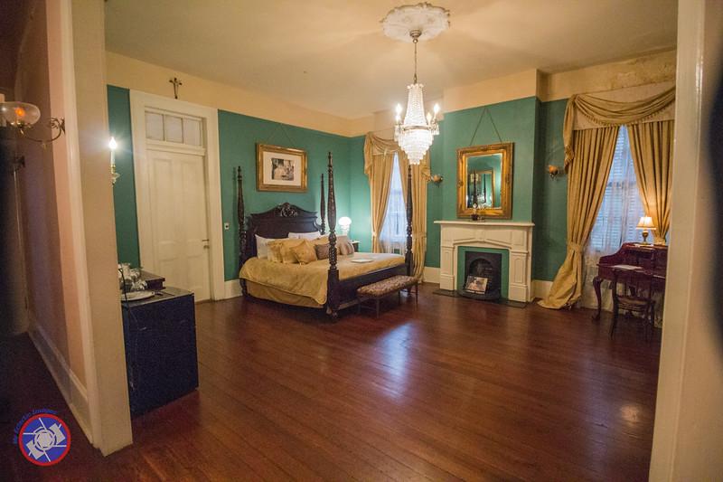 The Estelle Suite in Degas House (©simon@myeclecticimages.com)