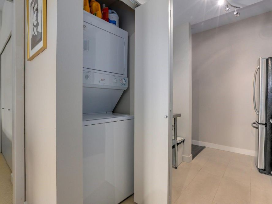 """Photo 18: 309 707 E 20TH Avenue in Vancouver: Fraser VE Condo for sale in """"BLOSSOM"""" (Vancouver East)  : MLS®# R2404449"""