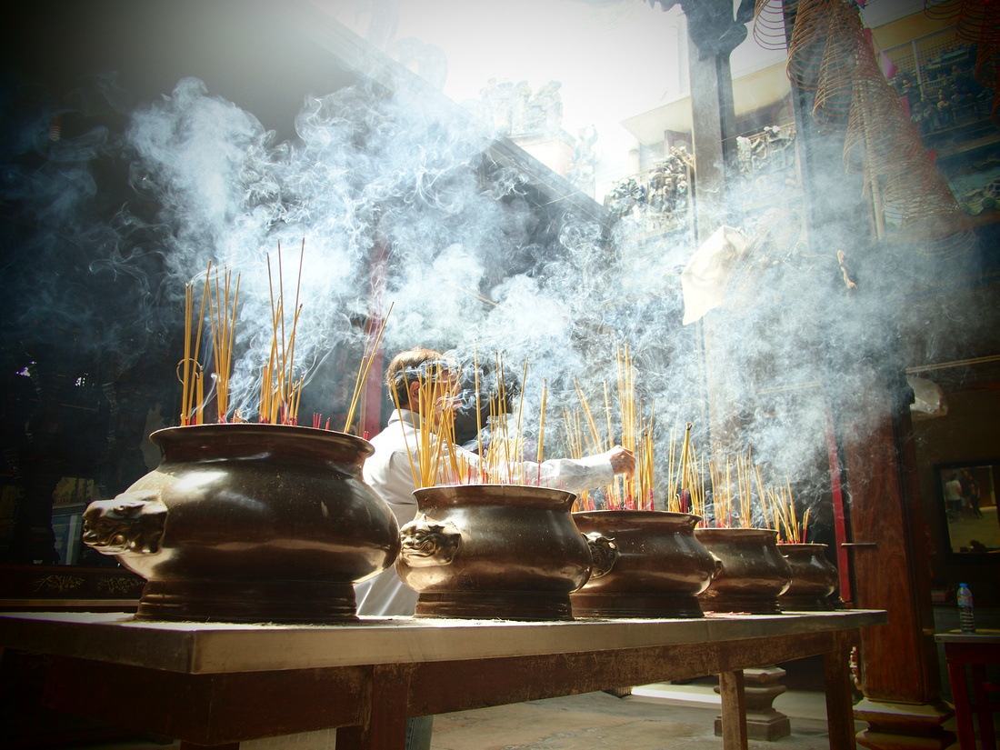Thien Hau Temple incense
