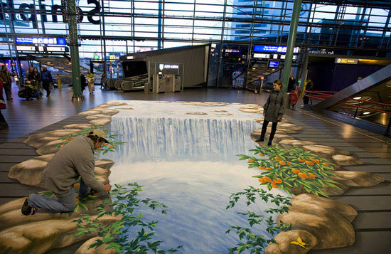 https://i1.wp.com/photos.pouryourheart.com/wp-content/uploads/2018/11/Waterfall-In-Airport.-Amsterdam.jpg?w=640