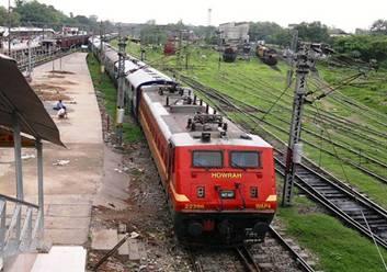 https://i1.wp.com/photos.pouryourheart.com/wp-content/uploads/2018/12/Amritsar-Express.jpg?w=640