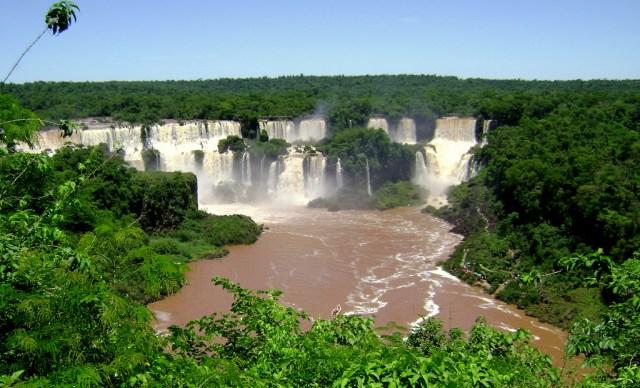 https://i1.wp.com/photos.pouryourheart.com/wp-content/uploads/2018/12/Iguazu-Falls-Aerial1.jpg?w=640