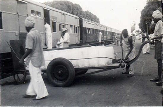 https://i1.wp.com/photos.pouryourheart.com/wp-content/uploads/2018/12/Indian-Railways13.jpg?w=640