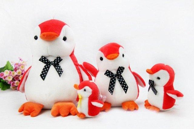 https://i1.wp.com/photos.pouryourheart.com/wp-content/uploads/2018/12/Newest-original-happy-feet-Penguin-plush-toys-cute-doll-17cm-gift-to-kis-girls-8design-wholesale.jpg?w=640