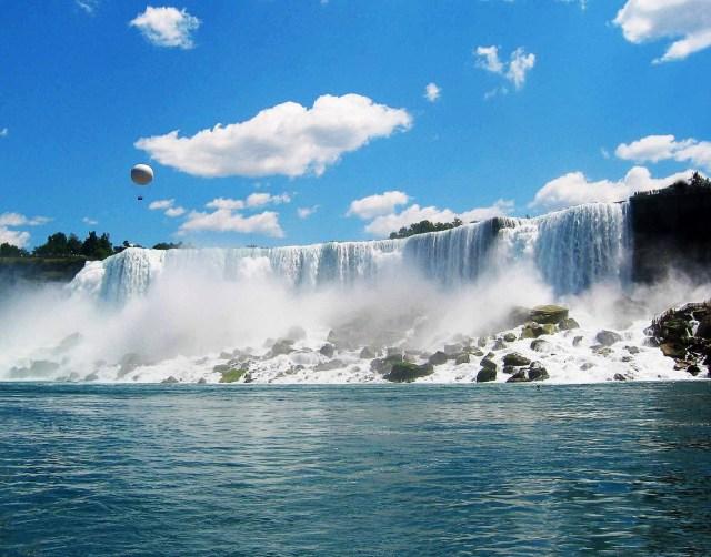 https://i1.wp.com/photos.pouryourheart.com/wp-content/uploads/2018/12/Niagara-Falls13.jpg?w=640