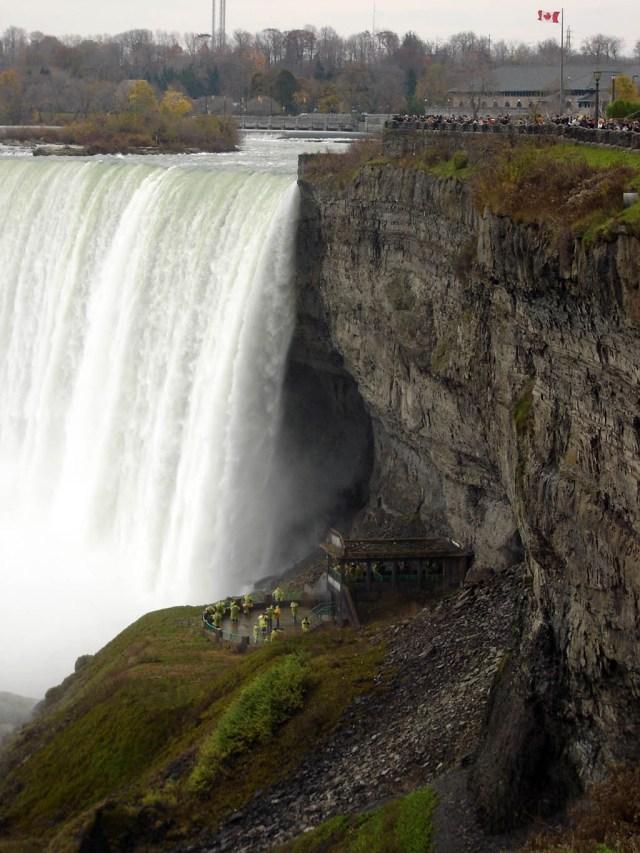 https://i1.wp.com/photos.pouryourheart.com/wp-content/uploads/2018/12/Niagara-Falls2.jpg?w=640