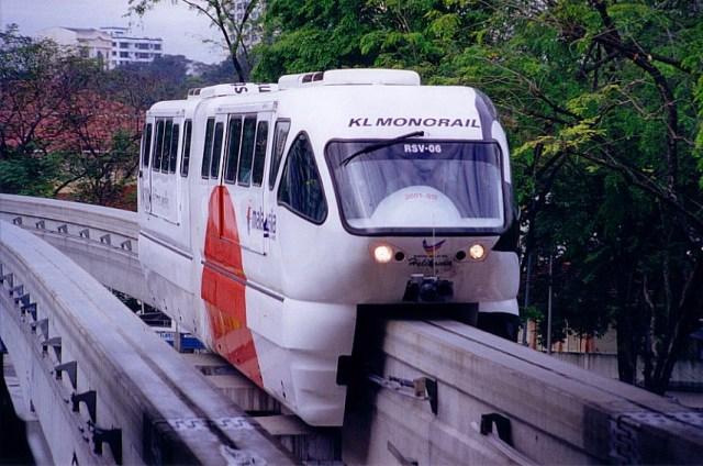 https://i1.wp.com/photos.pouryourheart.com/wp-content/uploads/2018/12/kl_monorail-Malaysian.jpg?w=640