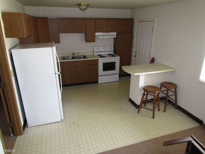 1 Bed Bath 678 Pet Friendly Apartment