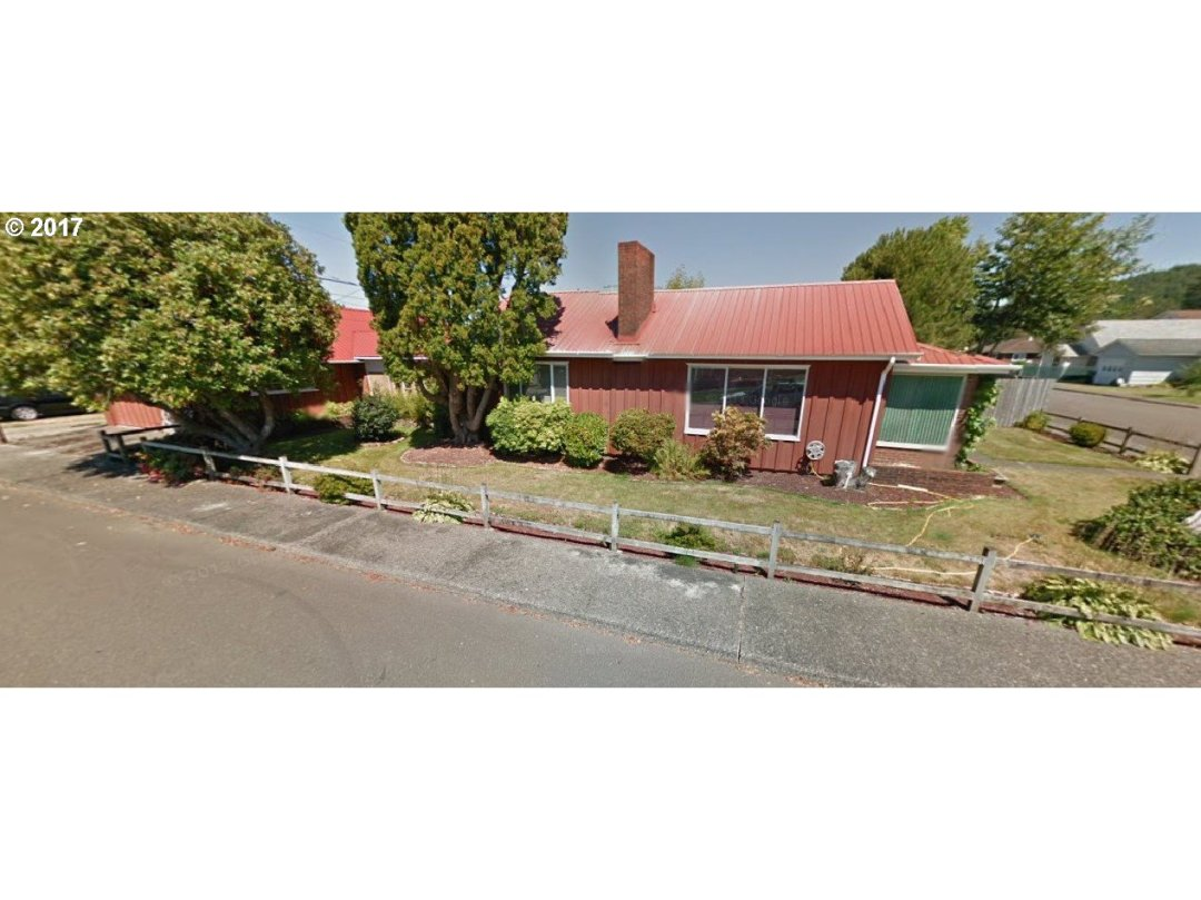HUGE Coner Lot!! Unfortunate circumstances forces this sale.  Home is in need of some TLC.  Priced to move quick!