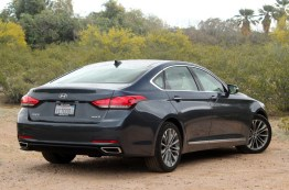 New Hyundai Genesis Car 2015 Pictures (11)