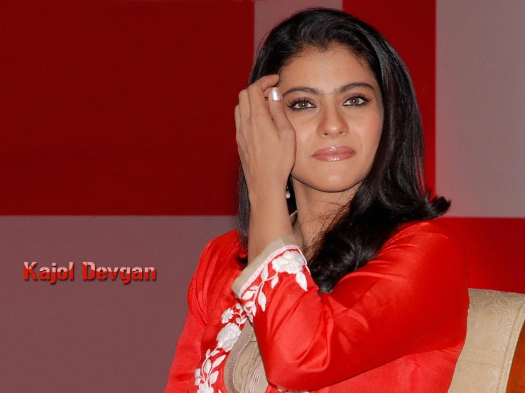 Indian Beautiful Actress Kajol Wallpapers