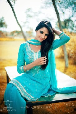 Japji Khaira Punjabi Movies Wallpapers