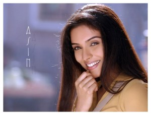 Asin Thottumkal Wallpapers Backless