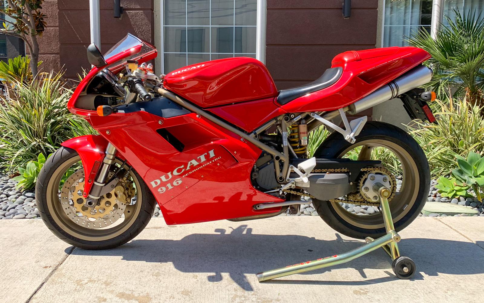 New Auction Bike – 1997 Ducati 916