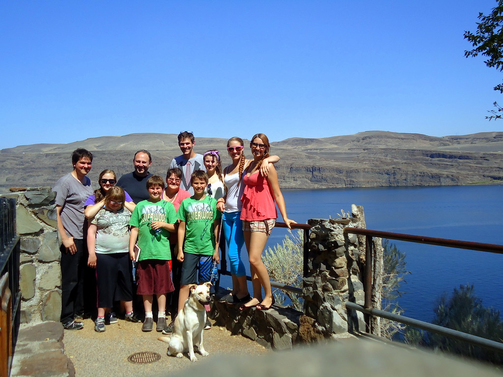 Family Photo at the Ginkgo Petrified Forest State Park in Washington State