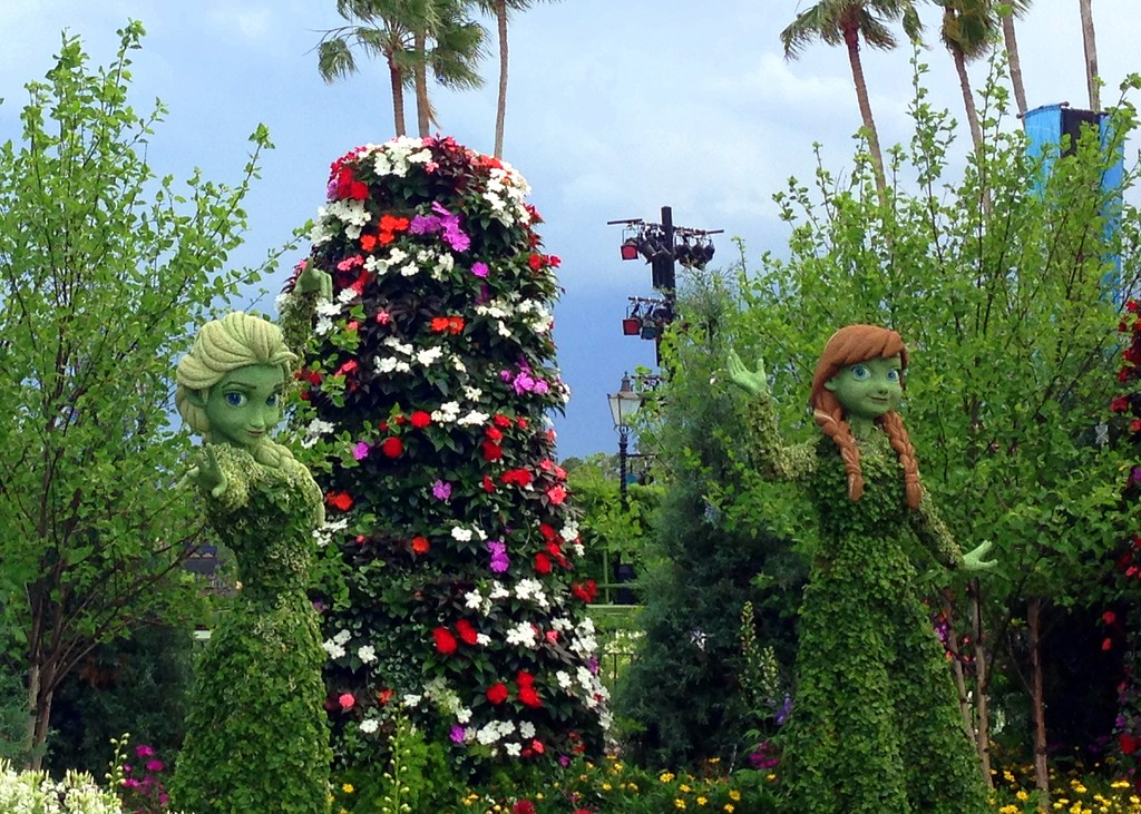 Frozen Anna and Elsa Topiaries at the 2015 Epcot International Flower and Garden Festival