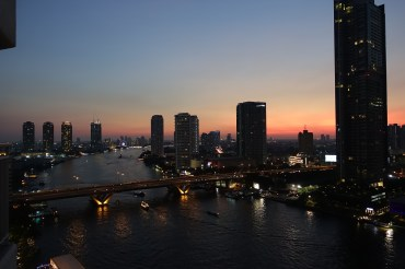 Bangkok – Christmas Sunset from Shangri-La Hotel