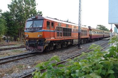 Train to Kanchanaburi – Bangkok's Thonburi Station