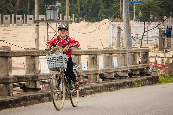school student Vietnam travel