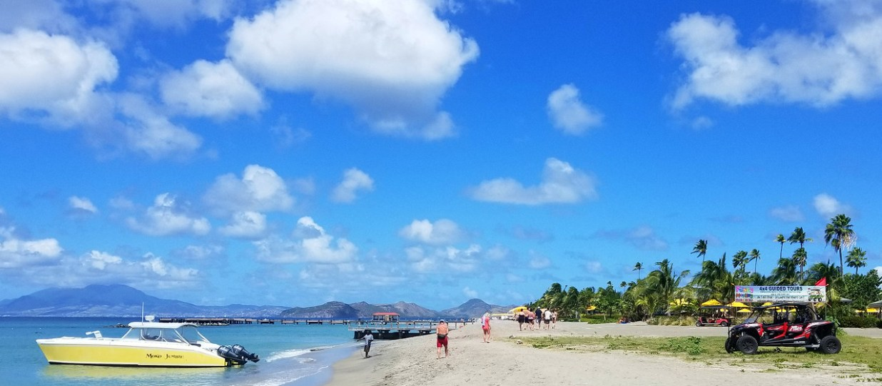 Simply beautiful beach spot on Nevis - RoarLoud.net