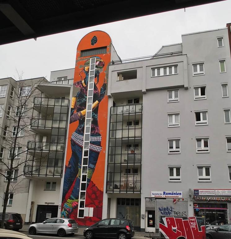 7 Story Mural - Street Artist Sprite's Inspiring Mental Health Message - StreetArtChat.com