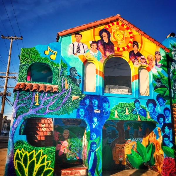 Best San Francisco street art by Food Guru