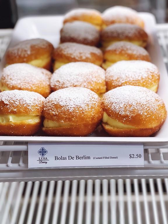 Bola de Berlim at Lusa Bakery