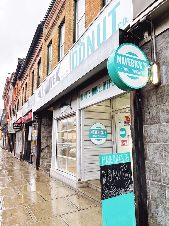 Maverick's Donuts - A Fat Girl's Guide to Eating in Ottawa
