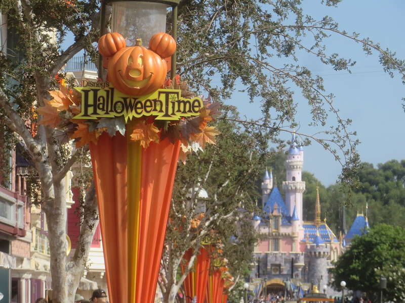 AP CORNER for 2019 Halloween Time at Disneyland will focus on Oogie Boogie