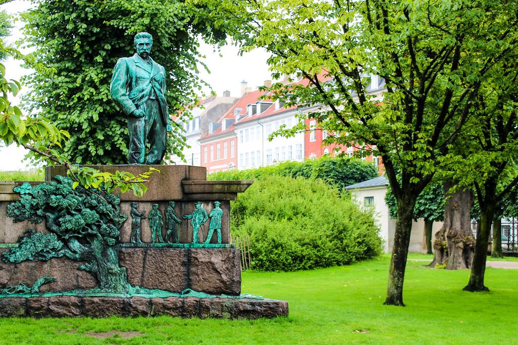 Solo Travel Copenhagen: Stay Outside Even in the Rain hahah
