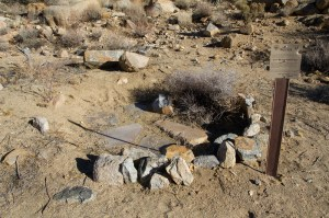 Belden Arrastra and Petroglyphs