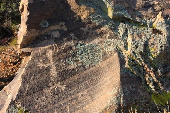Lone Grapevine Petroglyphs