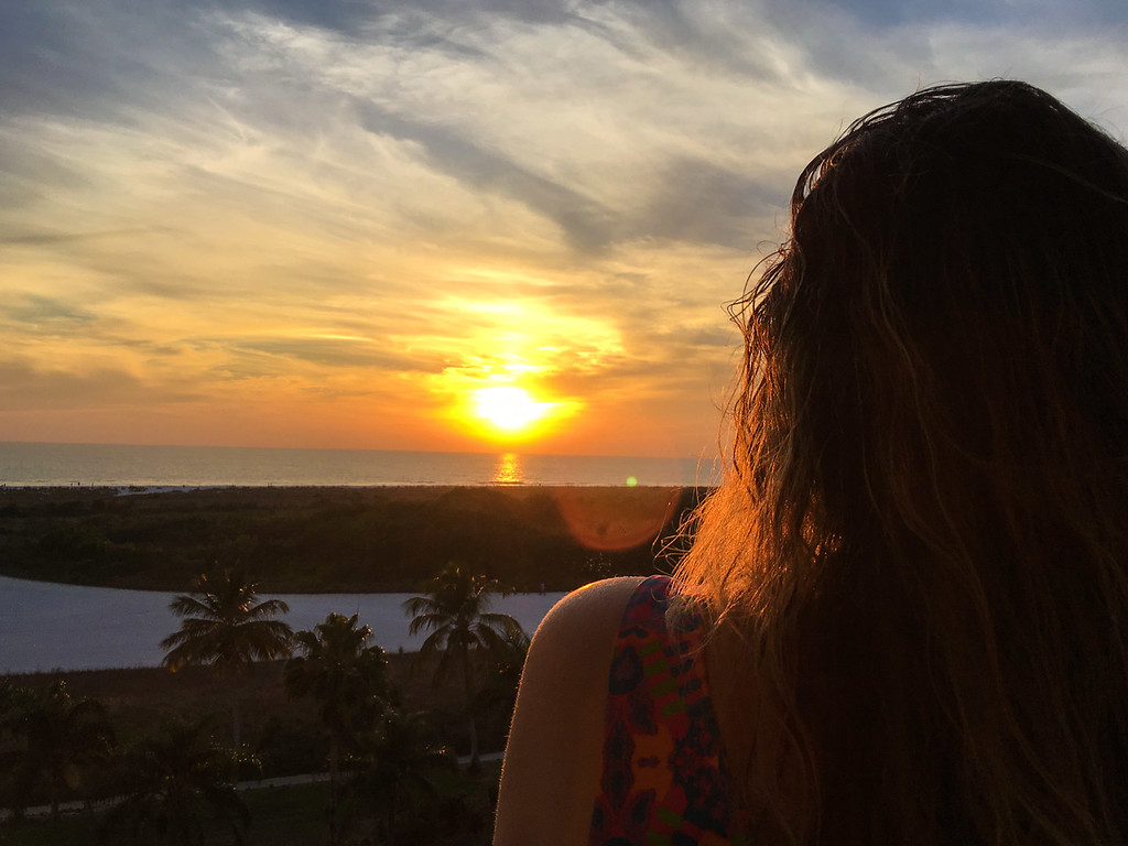 Kill travel anxiety by looking at gorgeous sunsets