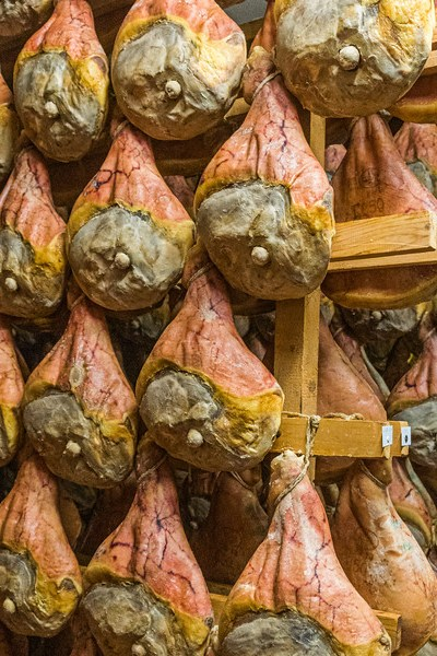 Prosciutto Hanging in the Aging Room (©simon@myeclecticimages.com)
