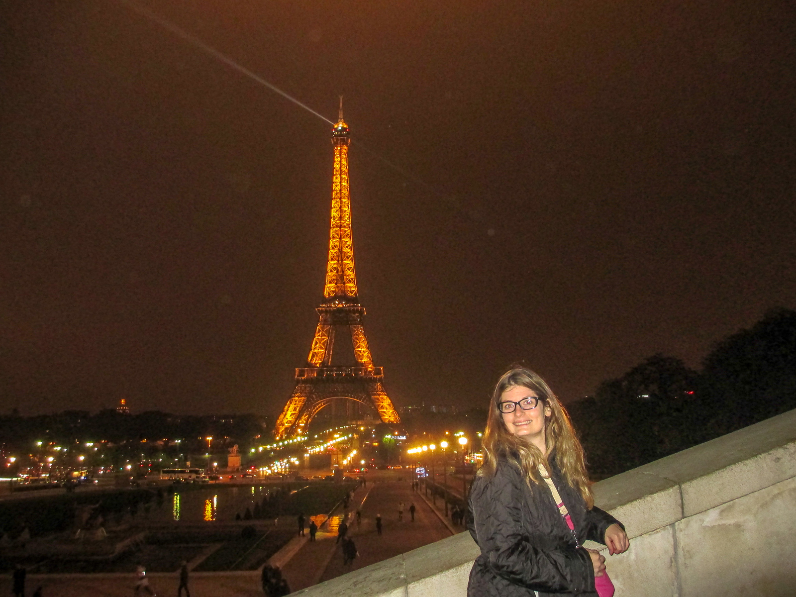 traveling in paris for the first time? go and explore at night