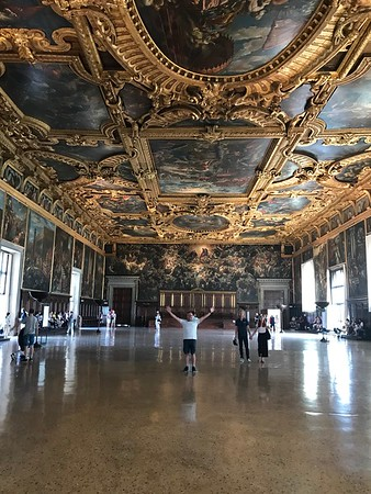 Biggest room in Europe with no pillers.