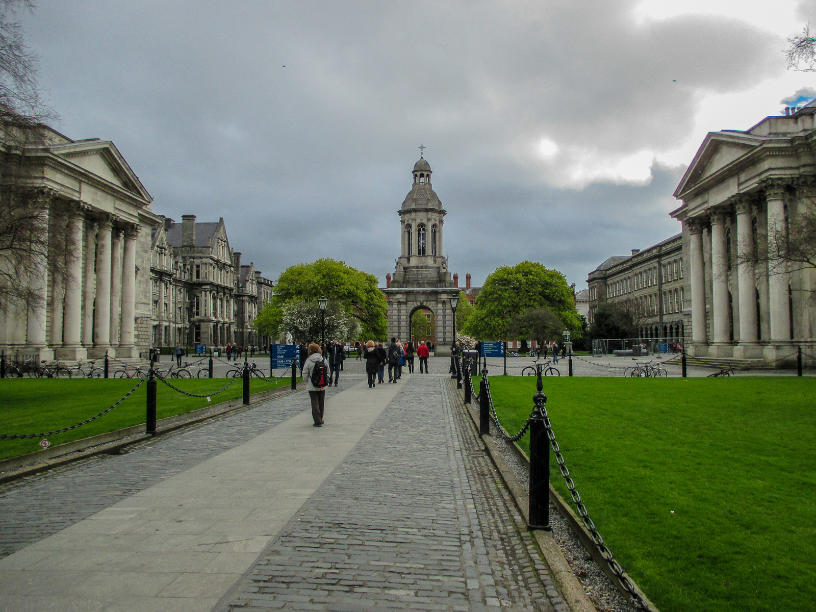 7 Days in Ireland Itinerary: Your First Stop is Dublin