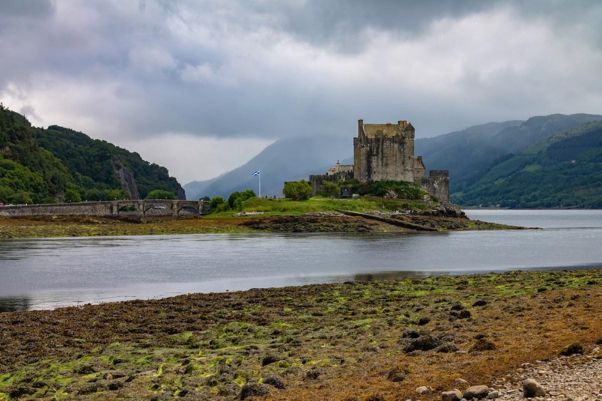 Eilean Donan Castle - Isle of Sky