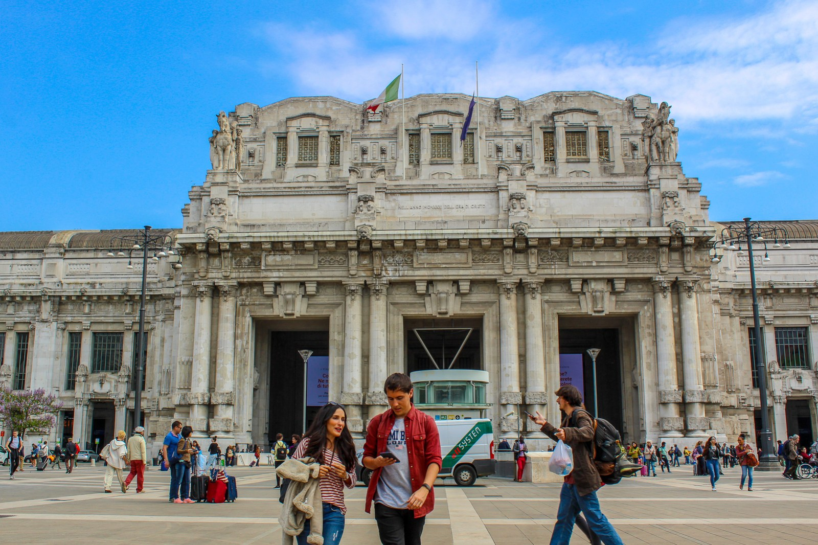 should i visit milan? yes, the train station makes it easy