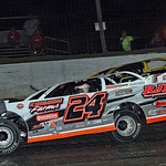 24 Ryan Unzicker 21 Billy Moyer