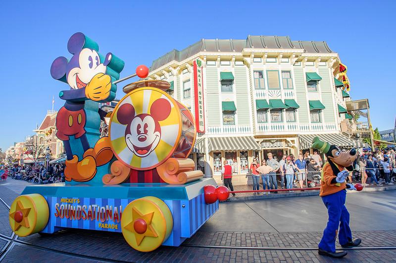 """Mickey's Soundsational Parade"""