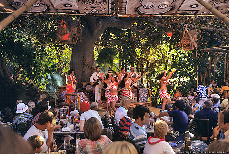 TT-Dancers-and-Diners-